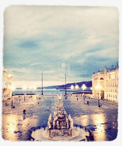 Piazza Unità dal Comune Di Trieste