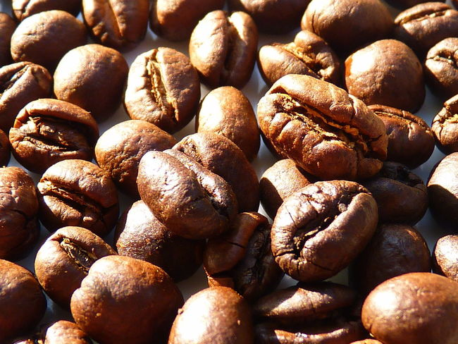coffee cherry,coffee,Peaberry,caracoli Coffee Abundance Aleq Backgrounds Brown Caffeine Caracoli Close-up Coffee Coffee - Drink Coffee Cherry Day Detail Food Food And Drink Freshness Full Frame Healthy Eating Indoors  Large Group Of Objects No People Peaberry Roasted Roasted Coffee Bean Still Life Wellbeing