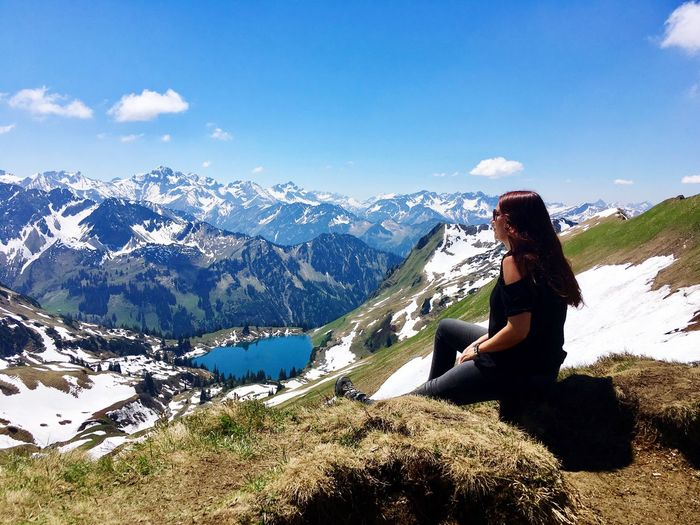 Zeigersattel Nebelhorn Oberstdorf Allgäu Mountain Sitting Mountain Range Casual Clothing Leisure Activity Real People Beauty In Nature Side View Looking At View Tranquil Scene Lifestyles Nature Sky