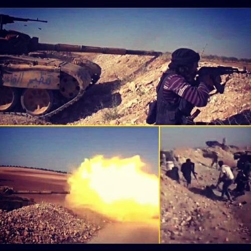 جبهة_النصرة || مشاهد من تصدي المجاهدين لتقدم الجيش النصيري في مورك فيديو: http://t.co/rdjwBcOiSv تنظيم_قاعدة_الجهاد حماة