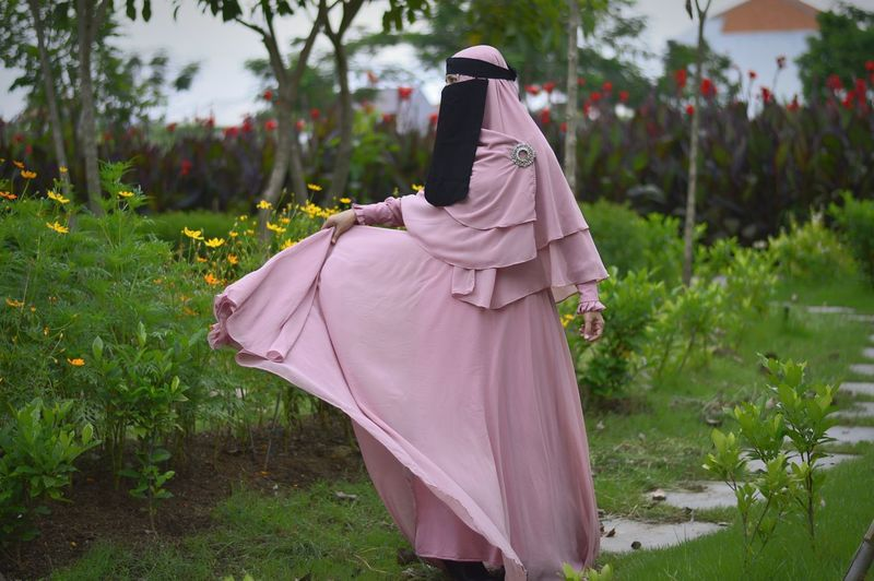Beauty from jannah Traditional Clothing People Outdoors Adult One Person Day Niqab Hijabbeauty Hijabcouture Hijabfashion