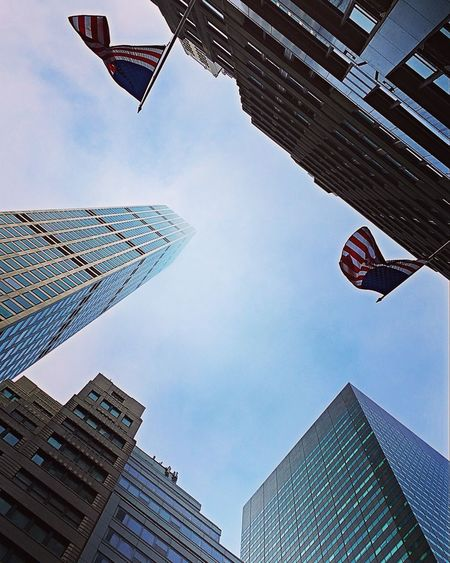 The Way Up Park Ave Buildings & Sky NYC Fresh On Eyeem  Battle Of The Cities Dramatic Angles