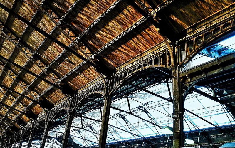 Architecture Built Structure Dailytrip Trajetquotidien Architectural Feature Saintlazare City Architecture Station Gare