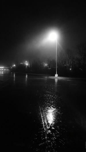 I love these lights in the rain. Rain EyeEm Selects EyeEm Best Shots Rainy Night Drive Rainy Nights Rainy Street Water Illuminated Sky Light Beam Rainy Season RainDrop Rainfall Wet