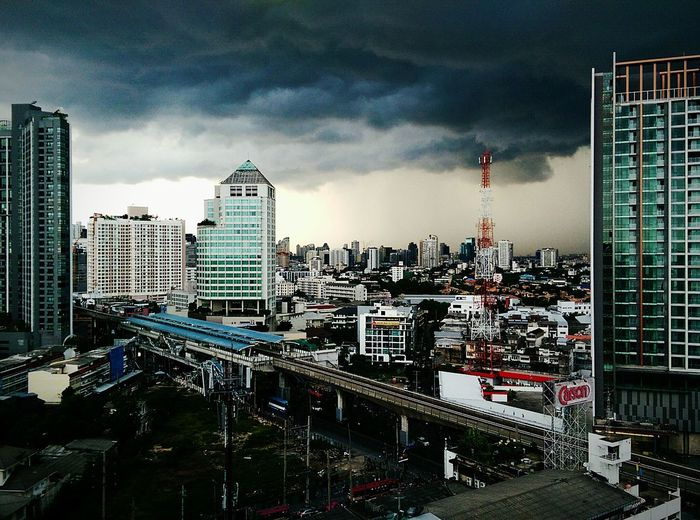 The Rain Is Coming Rain Clouds Black Clouds Stormy Weather Bangkok Rainy Day Cityscape