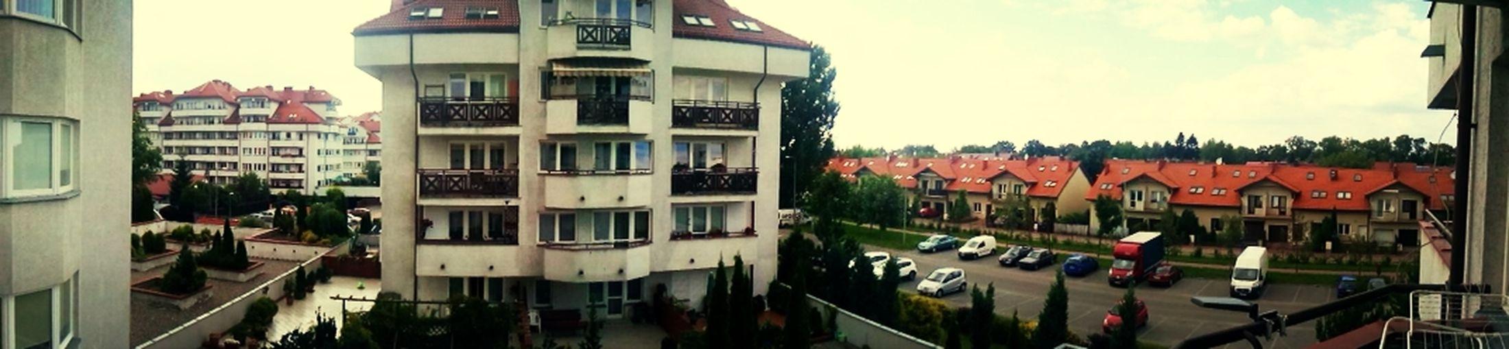 z balkoniku
