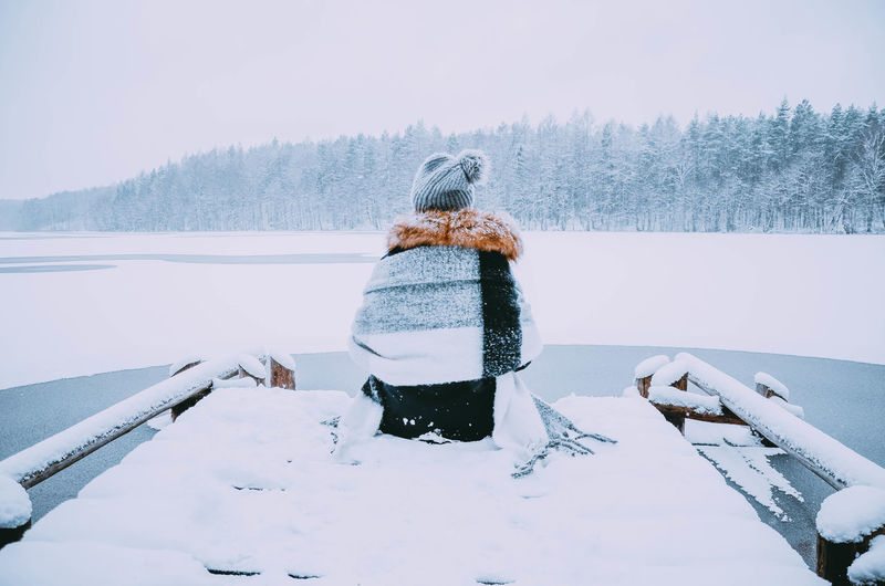 Winter Snow Cold Temperature Warm Clothing Beauty In Nature Tree Nature Clothing One Person Leisure Activity Plant Real People Land Day White Color Outdoors Rear View Lifestyles Friendship Poland Kaszuby Poland Eyeem Forest Wild Lake