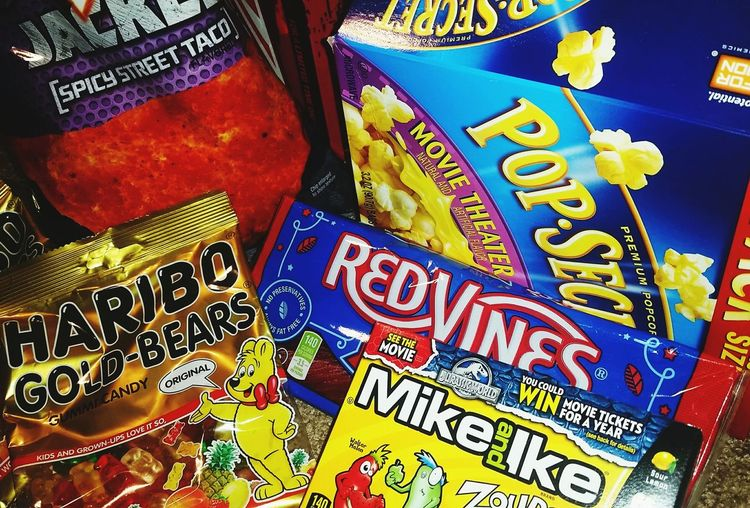 Goodies Zours Popcorn Gummy Bears Redvines