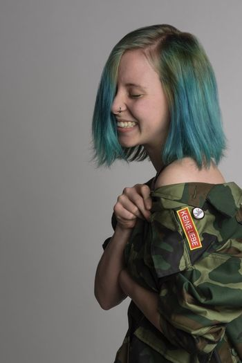 One Person Real People Military Military Uniform Smiling Standing Love Happiness Uniform Army Army Soldier Indoors  Studio Shot Lifestyles Cheerful Close-up White Background Young Adult Day Adult Keineliebe