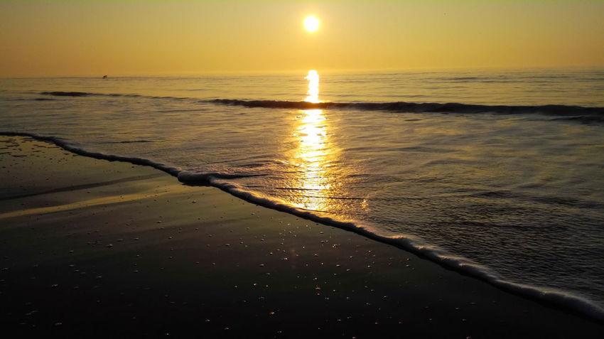 Beach Berck Berck Plage Côte D'Opale Golden Hour HDR Huawei Landscape Landscape_Collection Landscape_photography Nature Outdoors Plage Reflection Sand Sea Sea And Sky Seascape Seashore Seaside Sun Sunlight Sunrise Sunset Wave