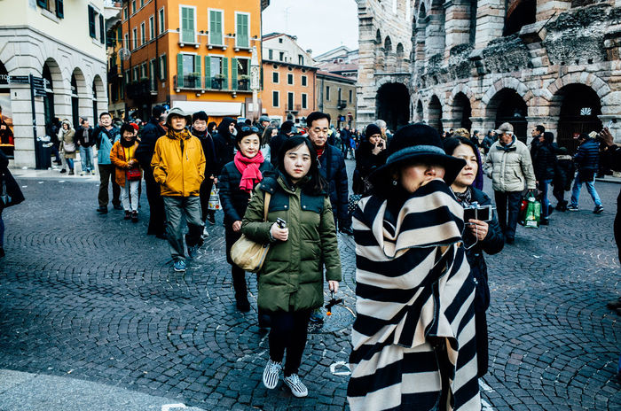 Architecture Bestoftheday Showcase: December City Life Colorful Colors Composition Cultures Day EyeEm EyeEm Best Shots EyeEm Masterclass EyeEmBestPics Front View Lifestyles Men Perspective Photography Real People Shootermag Street Fashion Street Photography Streetphotography Taking Photos The Tourist