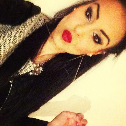 beauty Makeup That's Me Selfie ?
