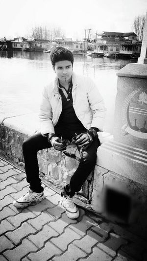 Blackandwhite Instaclick Randomshot Peace ✌ Kashmir , India Capture The Moment Cool Looking Handsome Cuteness I Love My Sunglasses.
