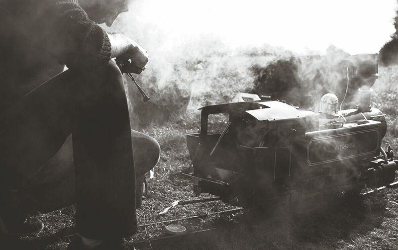 Passion locomotive à vapeur Yonne Toucy Modelisme Train Bourgogne Puisaye Grainedenature Noiretblanc Fumée