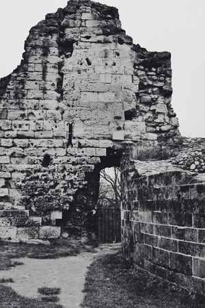 Valkenburg Castle Ruins series (My travel photo series last December to the Netherlands). Stones Ruins Black And White Black And White Photography Ancient Civilization King - Royal Person Ancient Old Ruin History Sky Architecture Built Structure Travel The Architect - 2018 EyeEm Awards