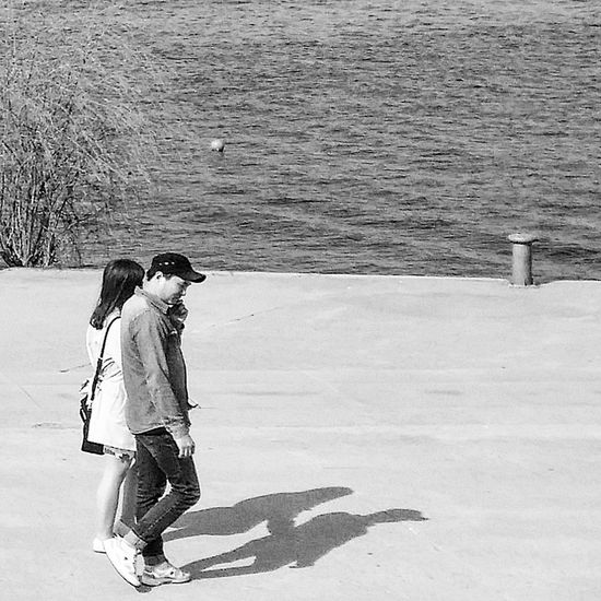 Hangang Park Yeouido Bnwphotography Bnw_streetphotography Streetphotography Bnwseoul Bnwkorea Southkorea Seoulspring2017