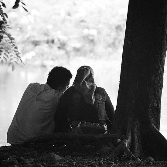 Planning for the future... Couple Happy People Candid Candid Photography Chat Love Story Happy Couple Nikon D3200