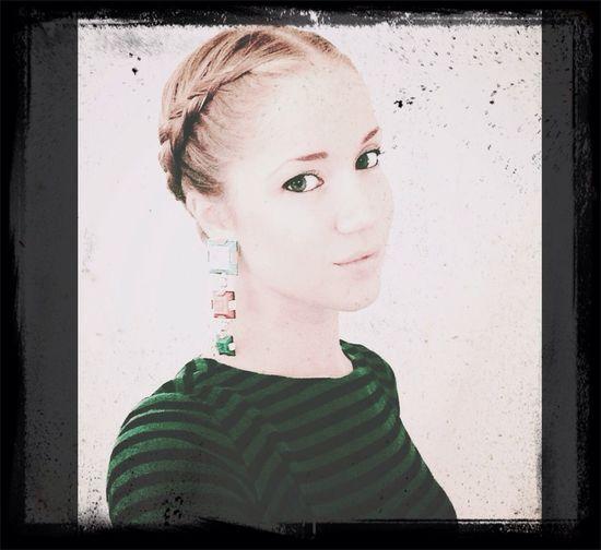 Greenn green eyes Black Dress