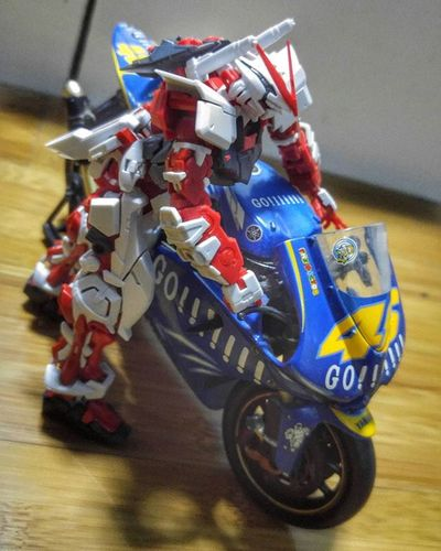 Yamaha Motorcycle V46 Toys Figure Gundam Gunpla Astray AstrayRedFrame RG RealGrade Katana Val  2016 LGG4 LG  G4 😚