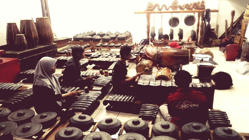 Dolanan.. Music Musical Instrument People Javanese Culture Java Java Indonesia Gamelan Gamelan Music Gamelan Players Learning Music Practicing Music College Life