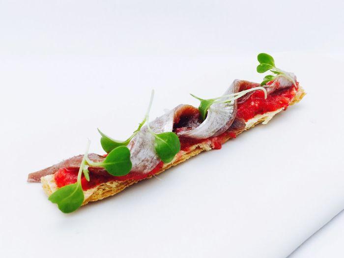 Barcelona el primer plato de el menú TheTrip en MomentsRestaurant en Mandarinorientalbarcelona Raulbalamruscalleda Carmeruscalleda Restaurantmoments Elviaje
