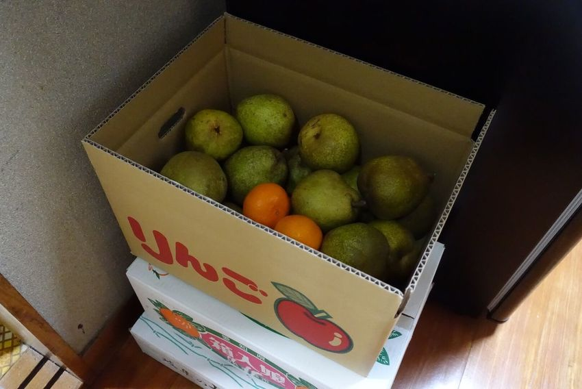 Fruit Healthy Eating Freshness Crate Food Foods Frost Box - Container No People Cardboard Box Cardboard Day Rx100m3 Apple Box La France Mandarin Oranges