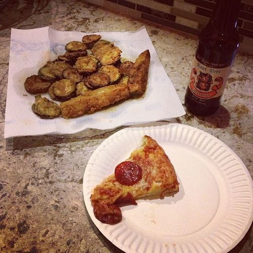 Datenight we made Friedzuccini and Pizza Qualitytime love