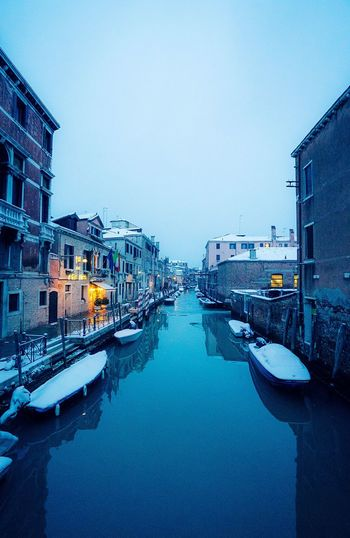 Italy Photos Italy Snow Covered Snowing Snowing ❄ Snow Canals And Waterways Canals Venice Canals Venice, Italy Venice Motor Vehicle Car City Snow Architecture Cold Temperature Sky Outdoors
