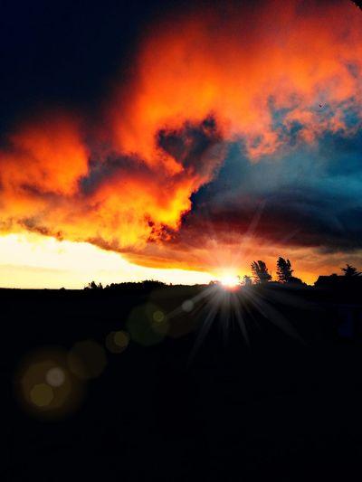 Taking Photos EyeEm Nature Lover Sunset 25 Days Of Summer burning sky