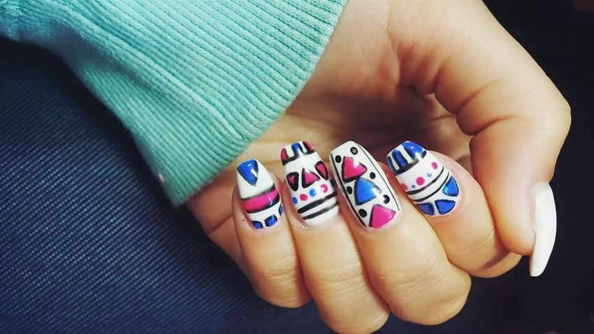 Fb-Modern Nails Klaudia