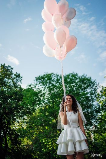 Enjoying Life Summer Photography Moscow Russia EyeEm Best Shots EyeEmBestEdits Photo Baloons Wedding Weddingparty Girl Happiness Karpetsphoto