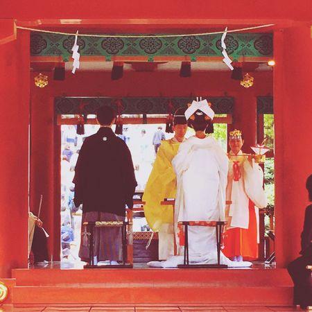 偶然の花嫁花婿に、祝福した五月。 Streetphotography No Standard World Wedding From My Point Of View Street Photography Old School EyeEM Kamakura Japan Live For The Story The Street Photographer - 2017 EyeEm Awards Live For The Story Be. Ready.