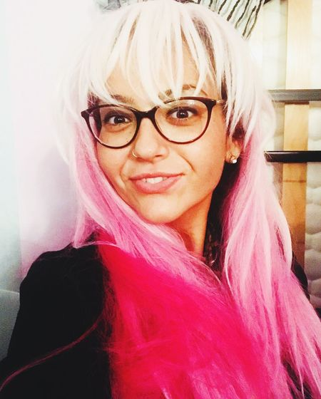 La tête en rose Cheveux Roses Cheveux Colorés Lavieenrose Photographer Portrait Photography Photooftheday Picoftheday Photo Pictures Photoshoot Portrait Looking At Camera One Person Real People Women Lifestyles The Portraitist - 2018 EyeEm Awards Headshot Adult Eyeglasses  Hairstyle Fashion