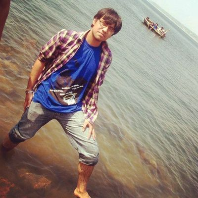 Me River Side Trip Cool Water Funn River Krishna Peace Party Memories