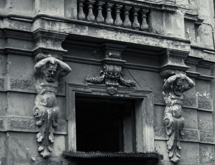 Architecture Gothic Style Gothic Dark Mystic Sculptures Creativity Statue Human Representation