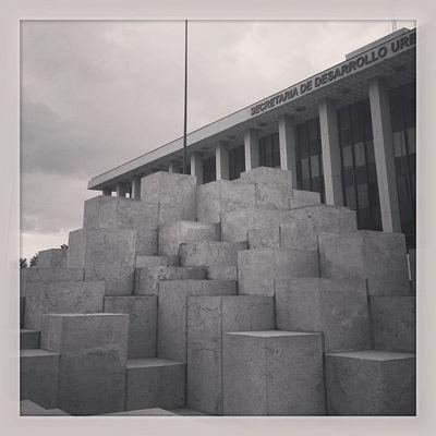 Igers Igersgdl Igersmexico Landmark Cubos Cubes Willow Escultura Monumento