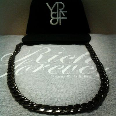 Get your Young Rich & Flashy Gear now! @yrf_lifestyle Streetwear Richforever Rickross Meekmill