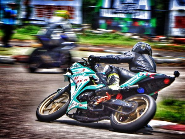 1070519 EyeEm Best Shots EyeEm Transportation Mode Of Transportation Motion Blurred Motion Speed Motorcycle Helmet People Driving Outdoors