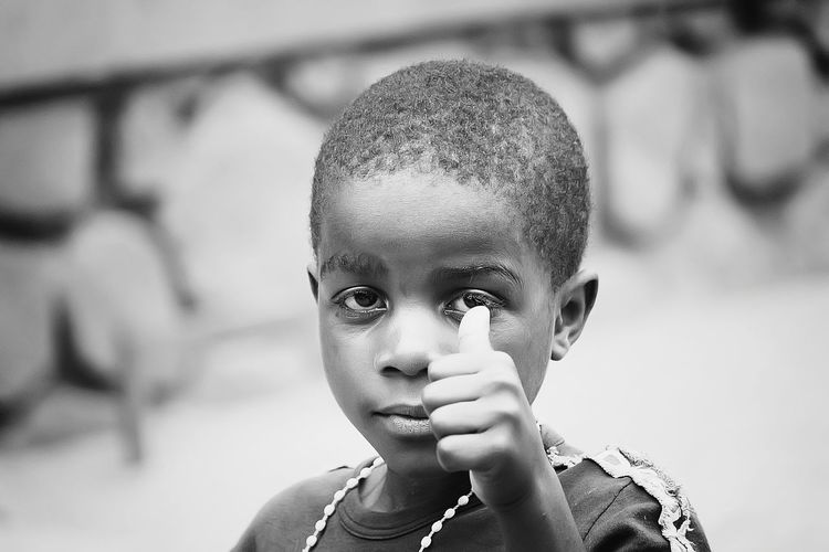 Blac&white  Streetphoto_bw Street Photography Showcase: February Streetphotography Blancoynegro Blanco Y Negro Blacknwhite Blackandwhitephotography Blackandwhite Photography Blackandwhite Black&white Black And White Portrait Black And White Photography Black And White Collection  Black And White Black & White B&w Street Photography B&W Portrait B&w Photography B&w Photo B&W Collection B&w Blackwhite Africa