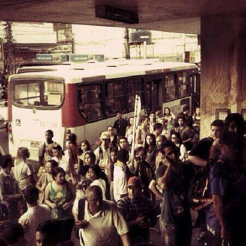Uma parte da filoona ,da estação de Campo Grande RJ ,rumo á VITÓRIA ,Partiu LUTAR Vemprarua Ogiganteacordou changebrazil brasil acordabrasil semviolencia protesto semvandalismo brazil partiu likeforlikes instamoment brazilian campinas vempraruarecife saranossaterra porumbrasilmaisjusto vamosaluta lol vempraruauberlândia changebrasil manifestacao like seguranca