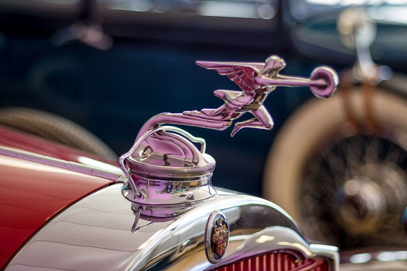 (Pink) Goddess of Speed 1930 Vehicles American Cars Vintage Auto Museum Chrome Classic Car Classic Cars Goddess Of Speed Hood Ornament Hood Ornament, Hood Ornaments, Chrome, Chrome Car Parts No People Old-fashioned Packard