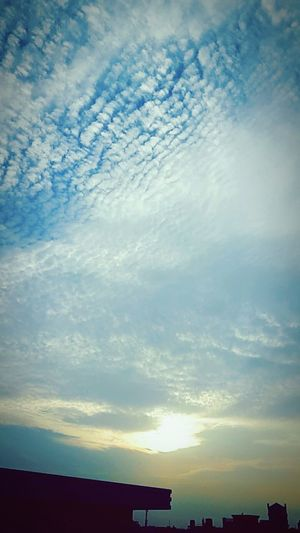 Clouds And Sky Winterscapes Evening Sky Beauty In Nature Skyfreak Throwback December Varietyofclouds
