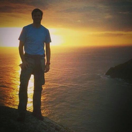 Sunset Shillouettes And Sunshine CaminodeSantiago Fisterra Nochedesanjuan Puesta De Sol