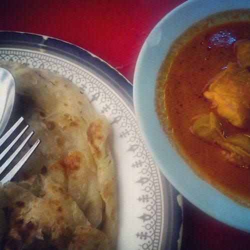 The best way layan roti canai Roticanai Makan Malaysiafood Foods curry