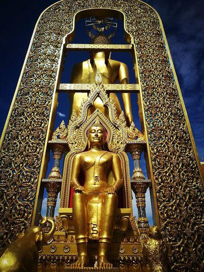 WoW Bhudha Inner Peace Bhudda Statue PrangPaRayLai