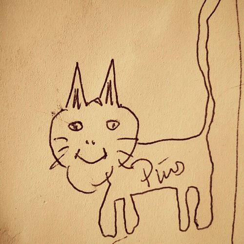 Når Pa må tegne pus. Omtrent som i barnehagen. Drawing Tegning Katt Pus cat art child strek blyant animal cats paper kunst for barn barnestrek instadraw instaart