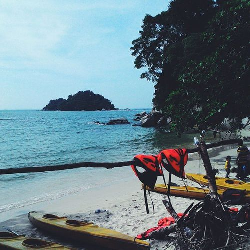 Sabtudate Family Teluknipah PulauPangkor Perak VisitPerak Visitmalaysia Love Life Beach VSCO Vscocam Vscomalaysia Vscocammalaysia 🏊🏊