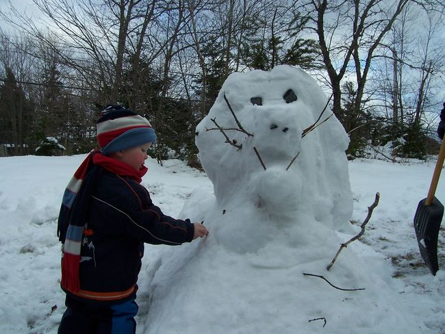 Cold Temperature Day Nature One Person Outdoors People Rear View Sky Snow Tree Warm Clothing Weather Winter Snowman EyeEmNewHere Childhood Memories Childhood Branches Manvsnature  Man Versus Nature