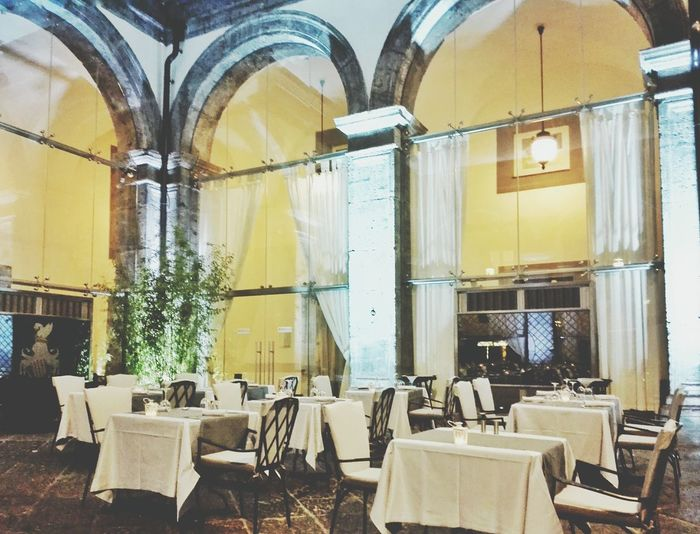 Restaurant Restaurant Decor Vintage Old Buildings Old-fashioned Italy Napoli Table Enjoying Life Traveling Hello World Gourmet Classical Architecture Architecture Taking Photos EyeEm EyeEm Gallery