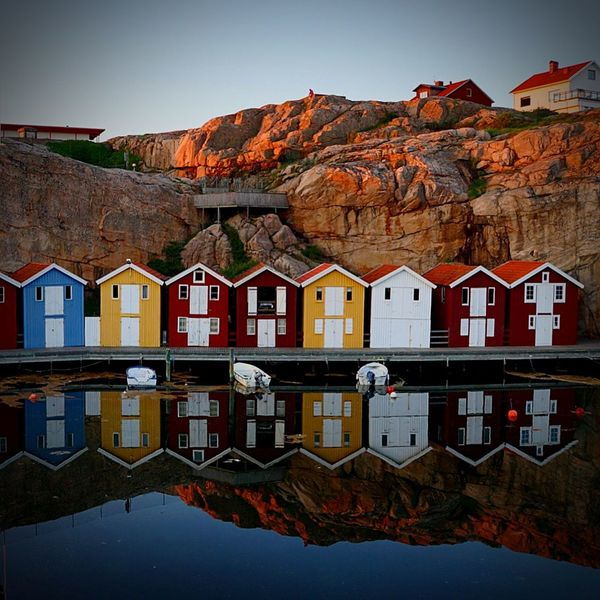 Mountain Boathouses Colourful Solnedgång Sunset Brygga Smögenbryggan Reflection Multi Colored Water Beauty In Nature